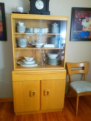 Vintage Heywood Wakefield China Cabinet for Sale in Wichita, KS
