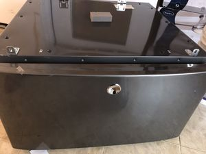 Pedestal for washer for Sale in Dallas, TX