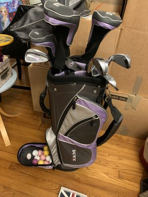 Ram women's right handed golf set like new golf balls course ladies lavender gray golf club clubs Full set for Sale in St. Petersburg, FL