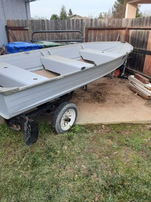 14ft riveted smokercraft aluminum boat for Sale in Galt, CA