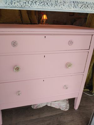 Pink antique lowboy dresser with chair solid oak heavy for Sale in San Diego, CA