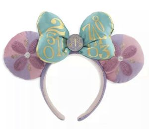 Disney Minnie Mouse the Main Attraction Ear Headband for Sale in Beaverton, OR
