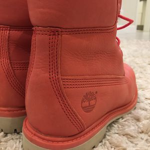 Timberland Waterproof coral Boots sz 7 for Sale in Oakland, CA
