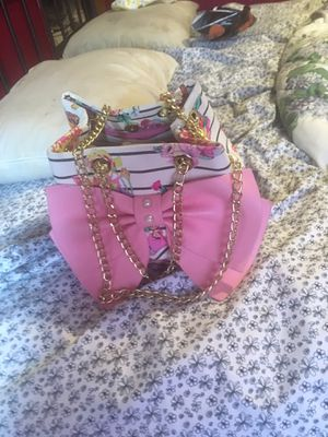 Bestey Johnson purse for Sale in Fife, WA