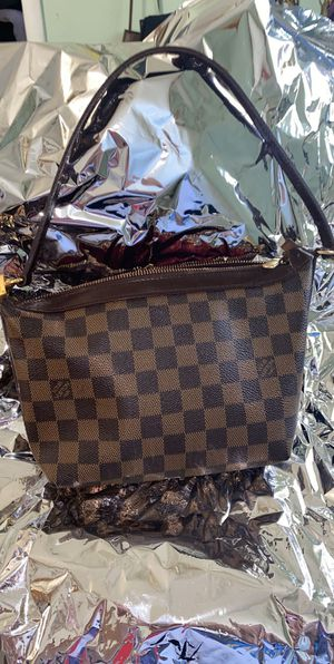 Authentic mini Louis Vuitton bag for Sale in Vallejo, CA