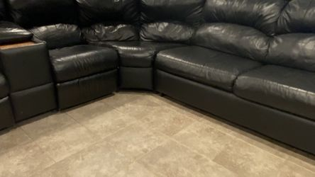 Leather Reclining Sectional - Queen Sleeper for Sale in Yonkers,  NY