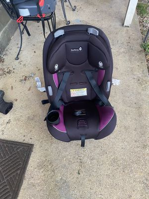 Convertible reclining car seat for Sale in Fort Washington, MD