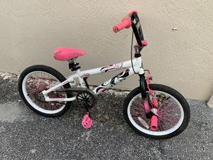 "18"" Girls Hot Pink White Black Bike Avigo Freestyle 2 Hot BMX Bicycle for Sale in Lauderdale Lakes, FL"