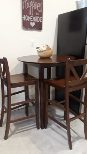 High seat breakfast table, for Sale in Lowell, MA