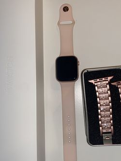 Apple Watch Series 4 (GPS + Celular), Watch, 44mm for Sale in Fort Myers,  FL