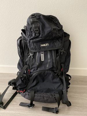 Halti hiking backpack 55L for Sale in Anaheim, CA