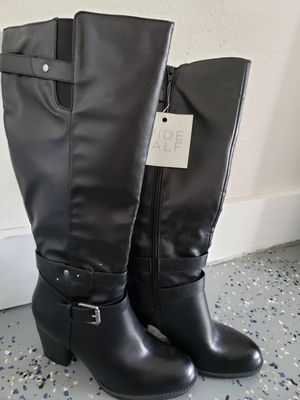 Brand new Woman boots 7.5 for Sale in Milwaukee, WI
