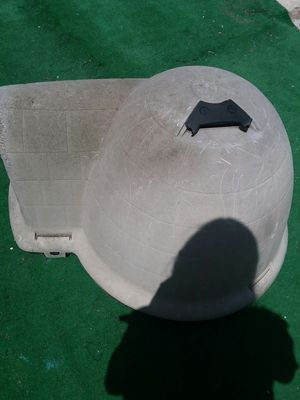 Igloo dog house. (Minor wear and tear) for Sale in National City, CA