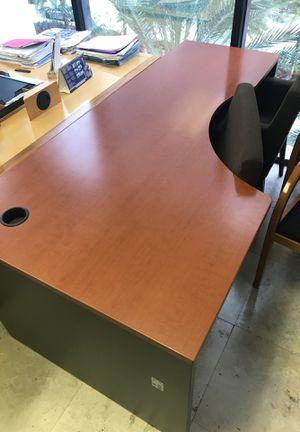 Office Furniture Set for Sale in Miami, FL