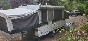 Coleman Fairlake 2002 Pop Up Camper Trailer for Sale in Tacoma, WA