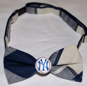 New York Yankees Boys Bow Tie for Sale in Lakewood, CA
