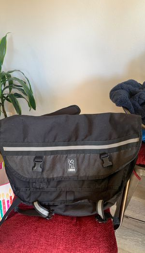 Chrome citizen messenger bag size medium md for Sale in Lincoln Acres, CA