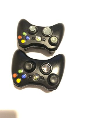 2 Xbox 360 wireless Controller for Sale in Indianapolis, IN