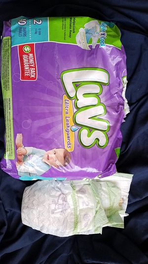 28 size 2 diapers for Sale in OH, US