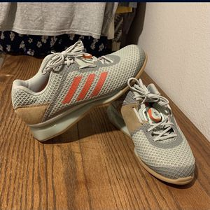 weightlifting shoes for Sale in Lakewood, WA