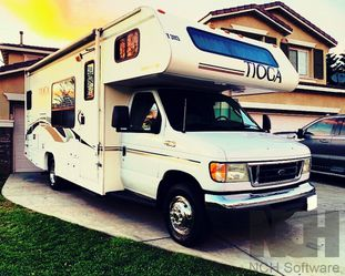 2003 Fleetwood Tioga Ready for Sale in Denver,  CO