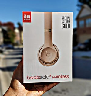 Beats Solo³ Wireless (Gold) for Sale in Atlanta, GA
