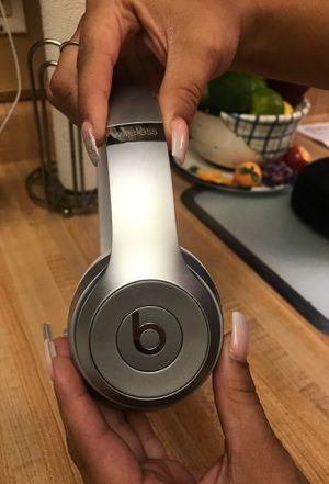 Beats wireless solo 3 for Sale in San Antonio, TX