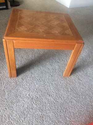 Coffee/side table for Sale in Ashburn, VA