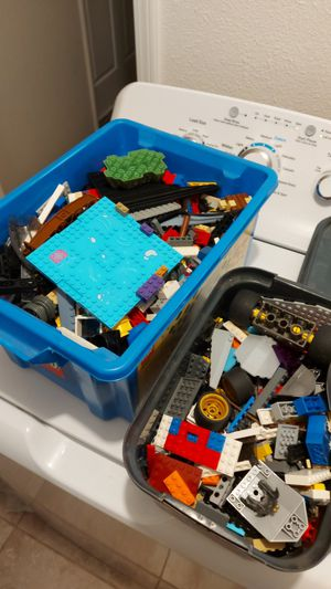 2 tubs of legos for Sale in Tulare, CA