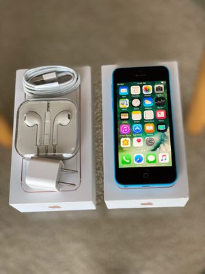 iPhone 5C factory unlock 16GB available in all colors for Sale in Glenview, IL