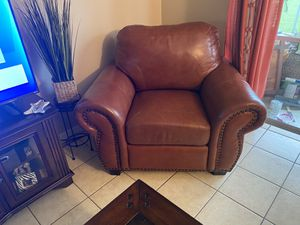 Leather sofa bed with 2 chairs for Sale in Lake Wales, FL