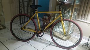 Road bike single speed bicycle for Sale in Miami, FL