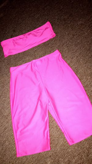 2pc hot pink summer set for Sale in Champaign, IL