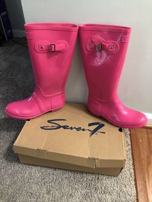 Pink seven rain boots for Sale in Washington, DC