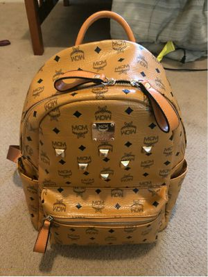 MCM medium backpack for Sale in Garland, TX