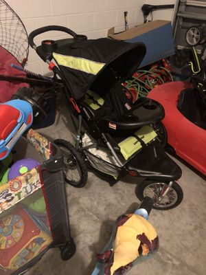 Stroller 3 wheels runner for Sale in Orlando, FL