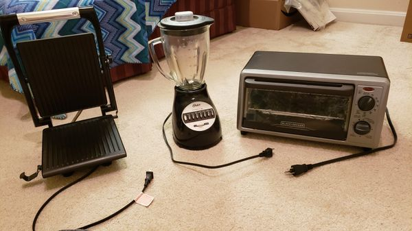 Toaster, Panini grill and Blender
