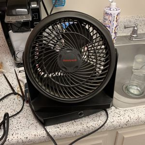 Desk Fan for Sale in Cypress, CA