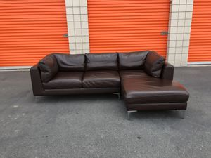 Design Within Reach, Italian Leather Sofa with Chaise for Sale in San Diego, CA