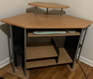 Office desk with keyboard drawer for Sale in Madisonville, KY