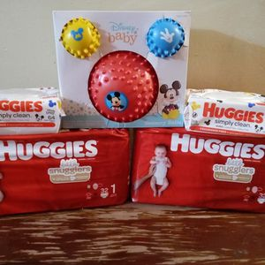 Huggies Baby bundle for Sale in Philadelphia, PA