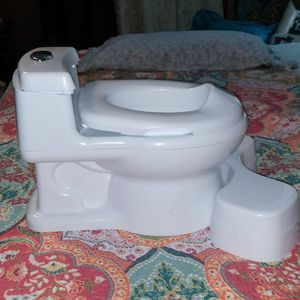 Toddler Potty Chair. New Never Used. 18 Months +. Still In Box for Sale in Forney, TX