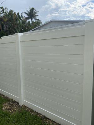 Horizontal Pvc Fence for Sale in Miami, FL