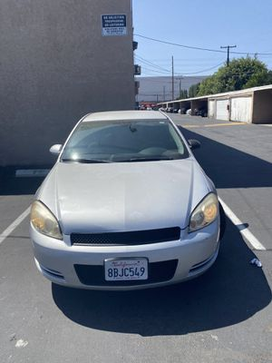 2009 Chevy impala for Sale in Rosemead, CA