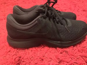 Nike shoes men size 8.5 for Sale in Queens, NY