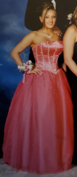 Size 8 dress for Quinceañera, prom, or dances for Sale in Silverdale, WA