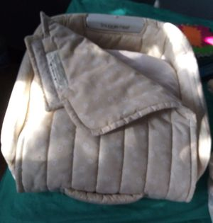 Snuggle Nest Excellent Condition for Sale in Philadelphia, PA