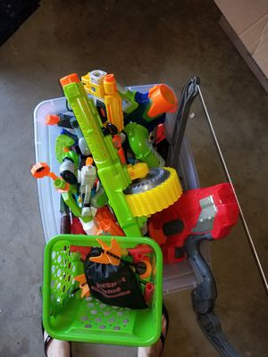 Bin of nerf guns, toy guns, misc other items for Sale in Los Angeles, CA