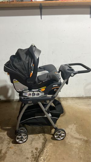 Chicco infant car seat with stroller for Sale in Niles, IL