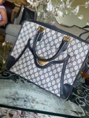 Gucci Bag for Sale in East Pittsburgh, PA